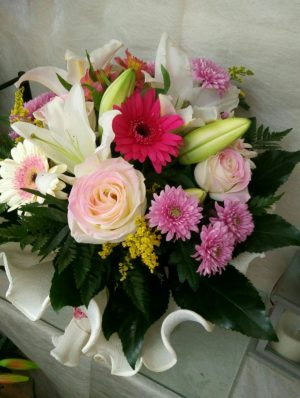 Ramo Primaveral con rosas